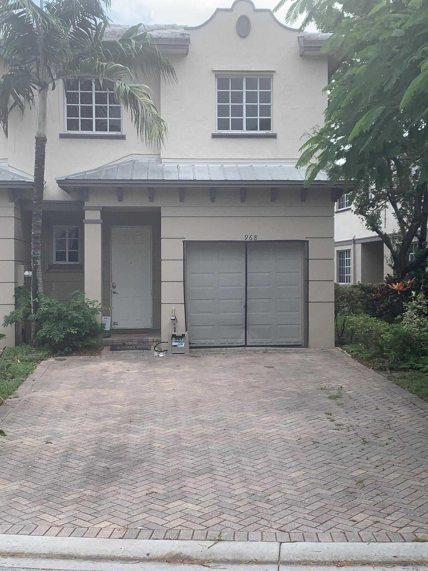 968  Abaco Lane  For Sale 10748413, FL