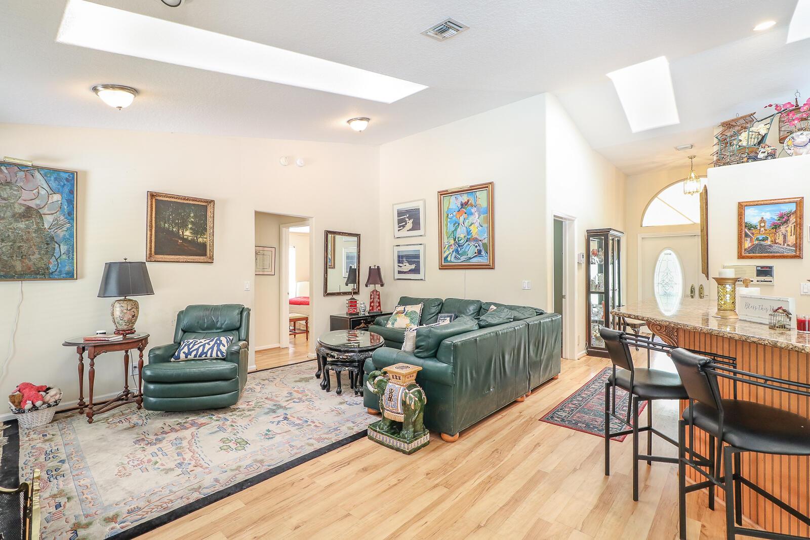 15-Family Room