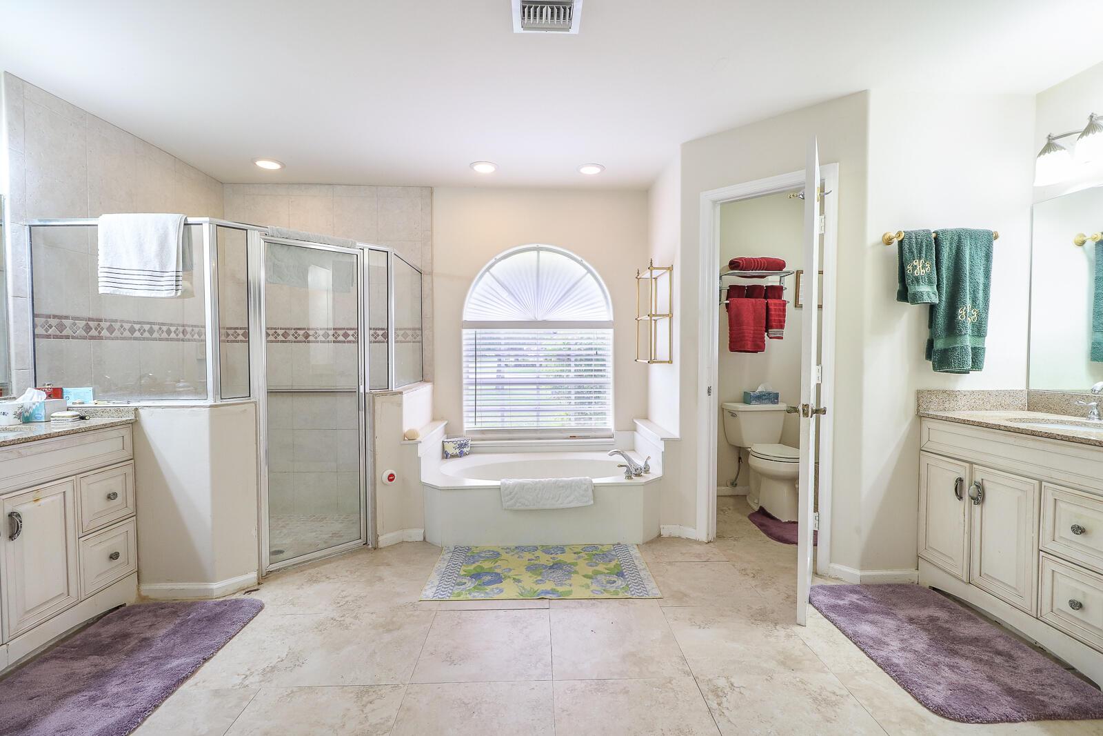 31-Master Bathroom
