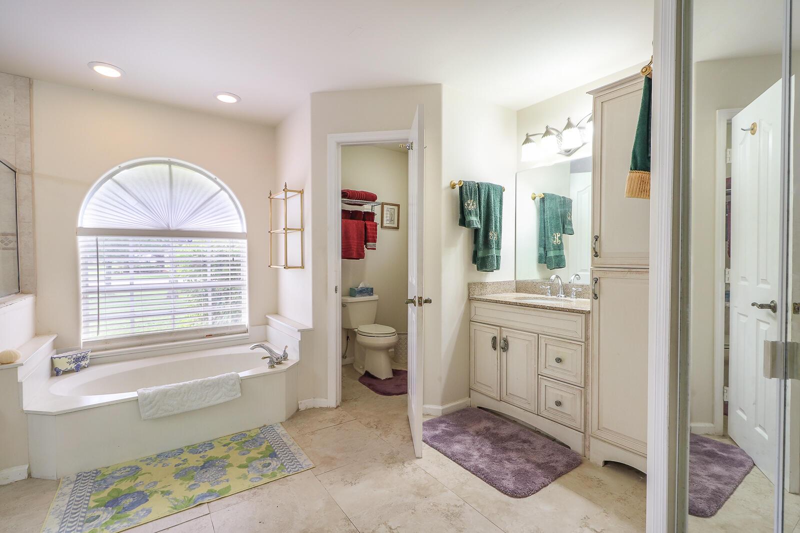 33-Master Bathroom