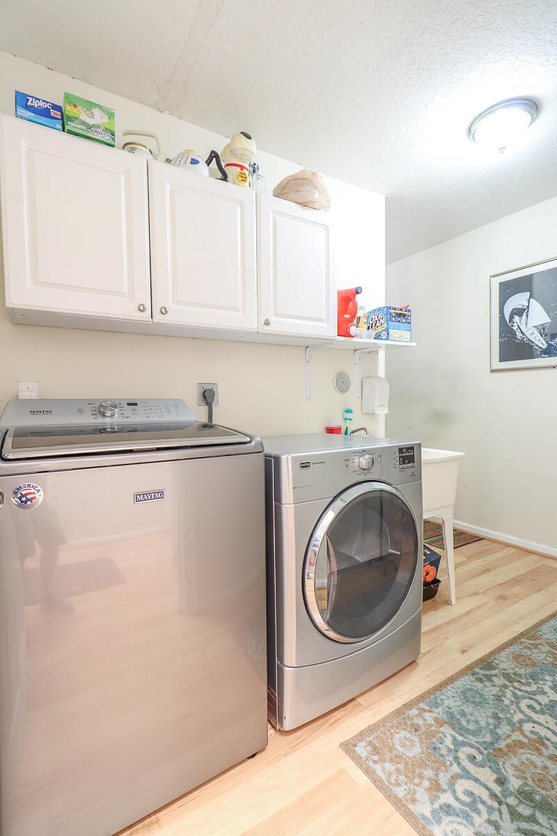 42-Laundry Room