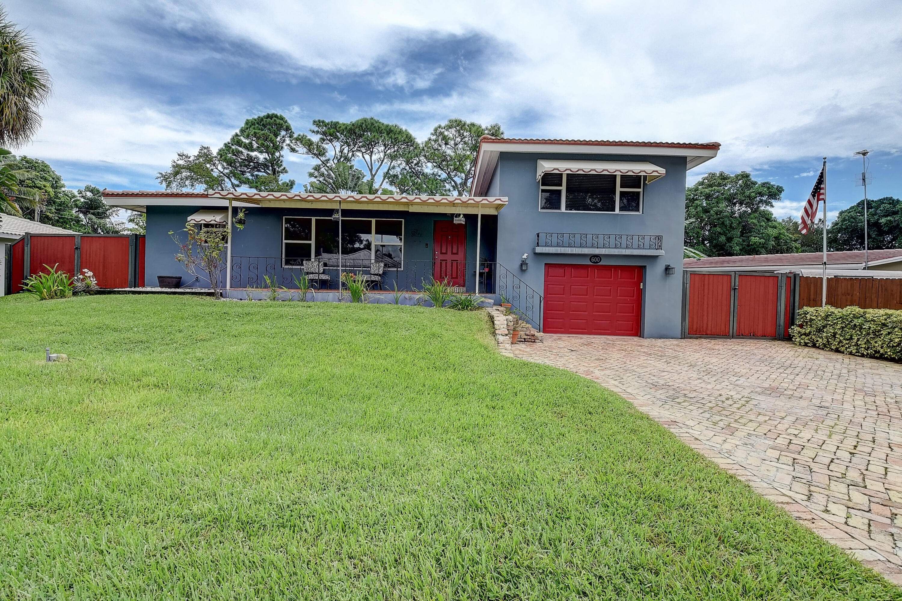 600 NW 13th Avenue  For Sale 10748502, FL