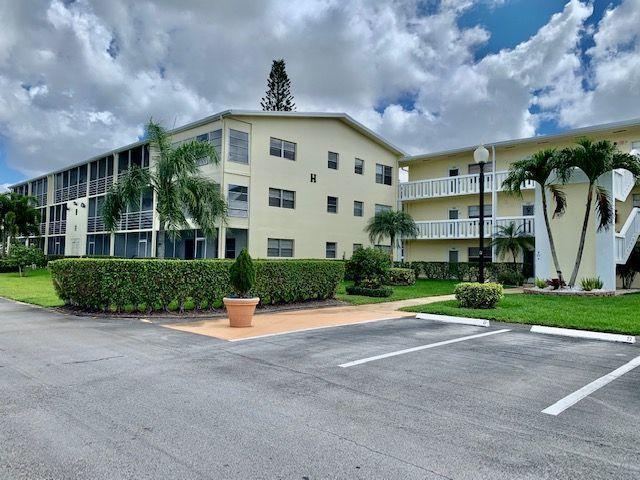 303 Dorset H, Boca Raton, FL 33434