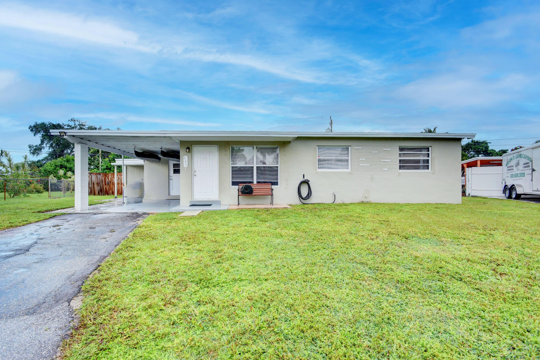 880 Tripp Circle West Palm Beach, FL 33413 photo 1