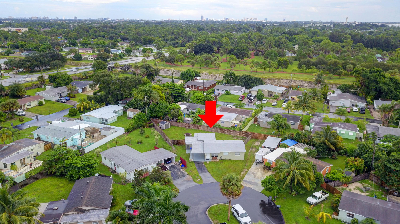 880 Tripp Circle West Palm Beach, FL 33413 photo 11