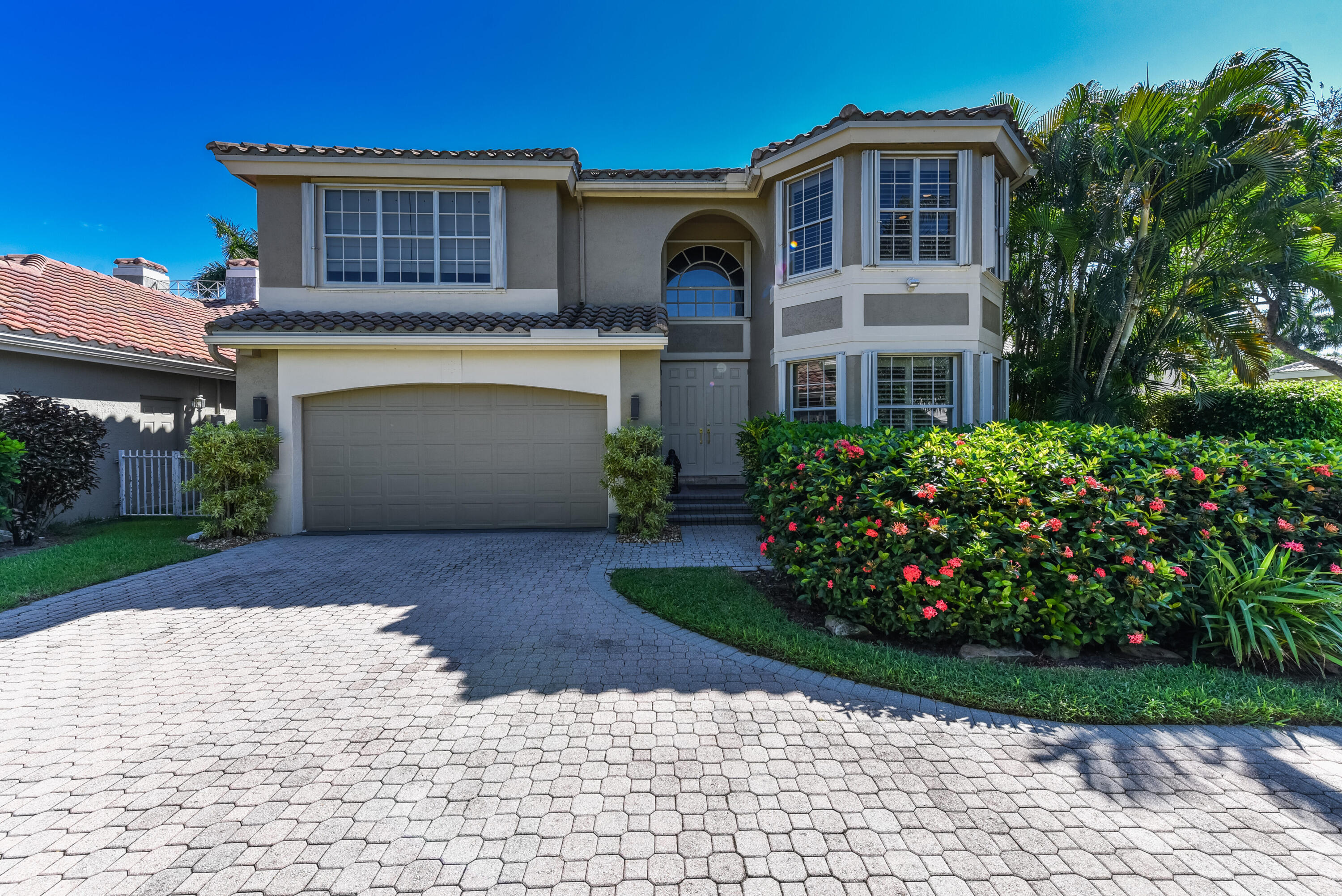 5705 NW 42nd Court  For Sale 10748021, FL
