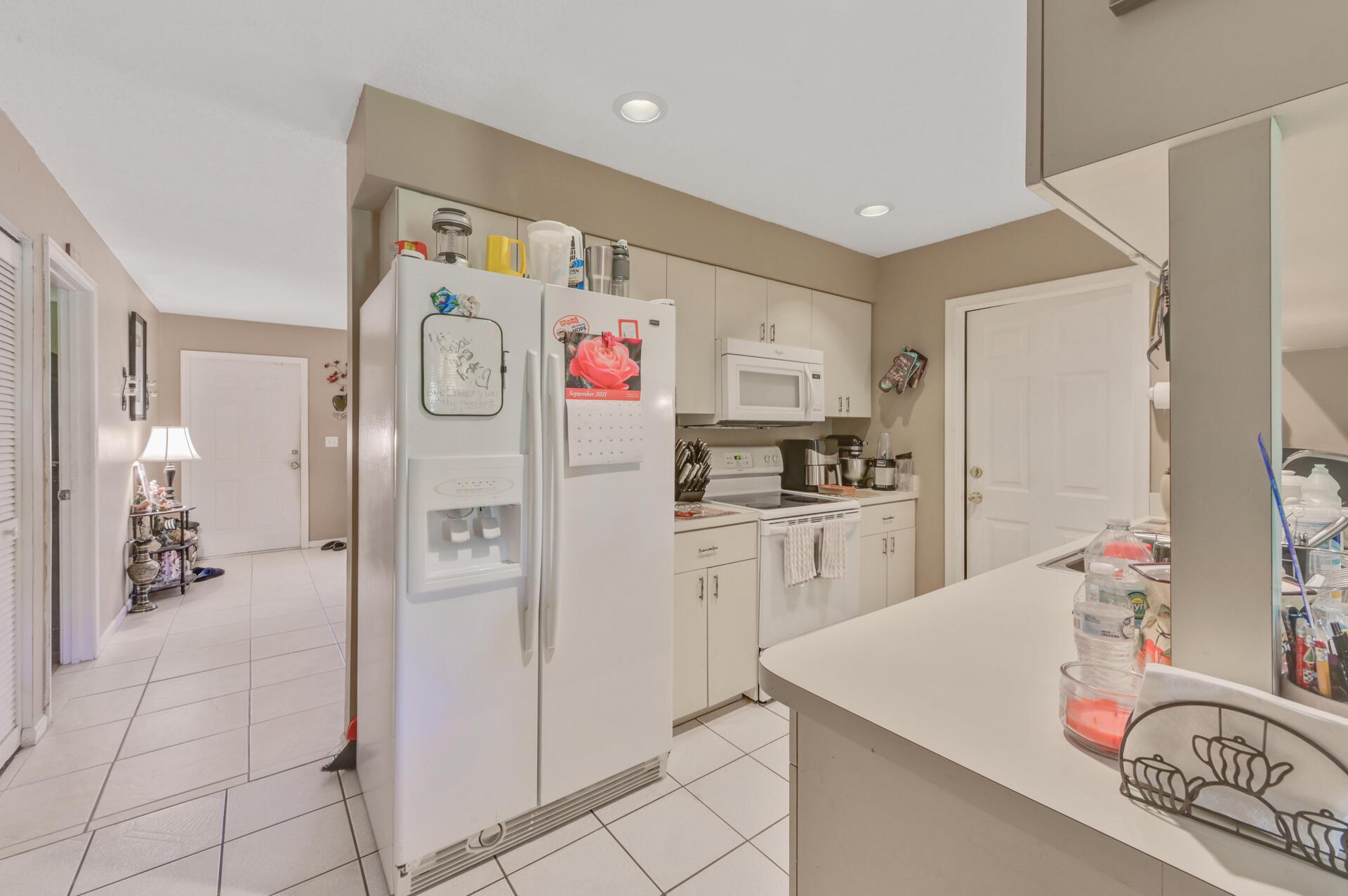 1020-04 Kitchen_001