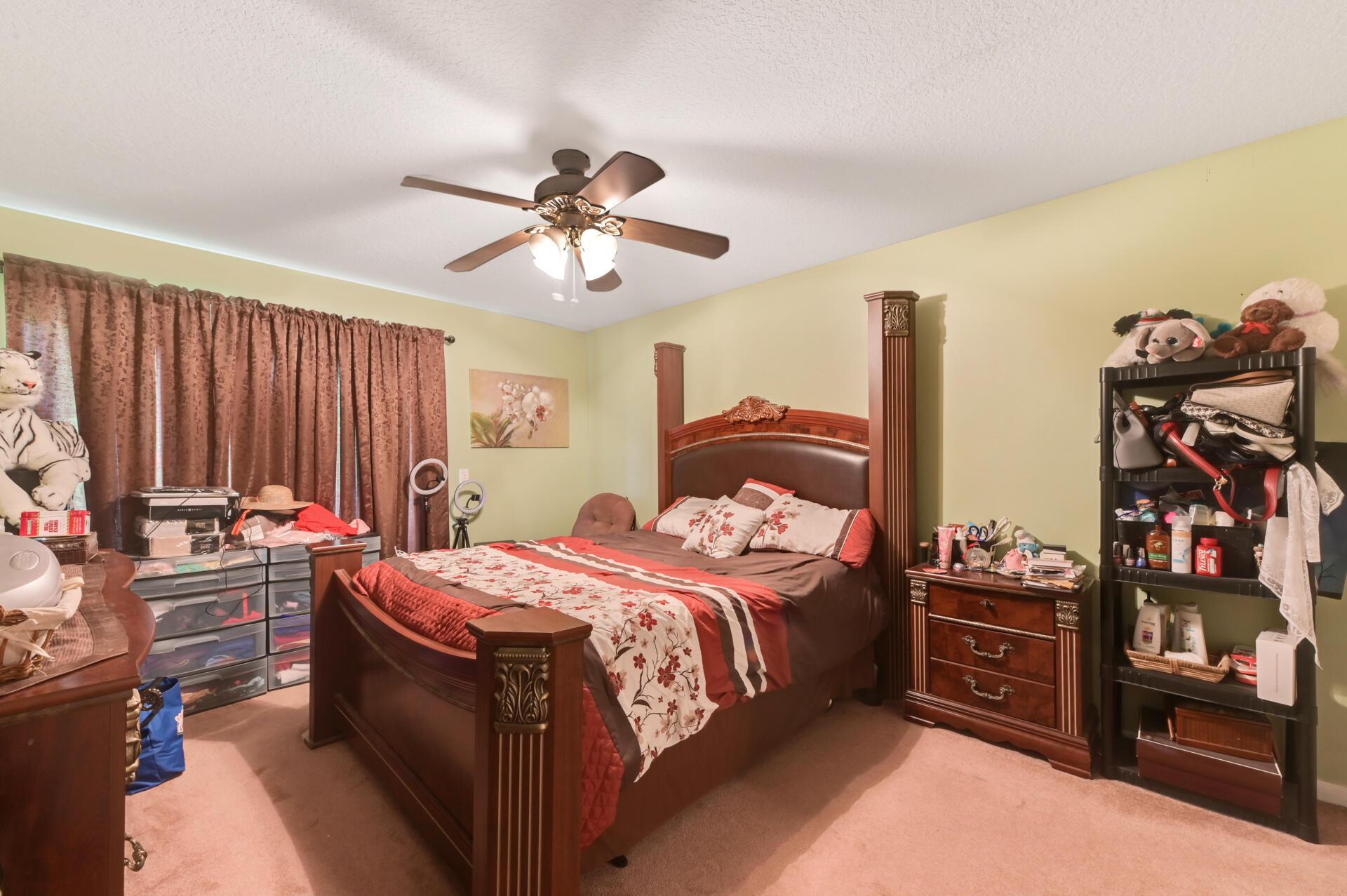 1020-03 Bedroom_003