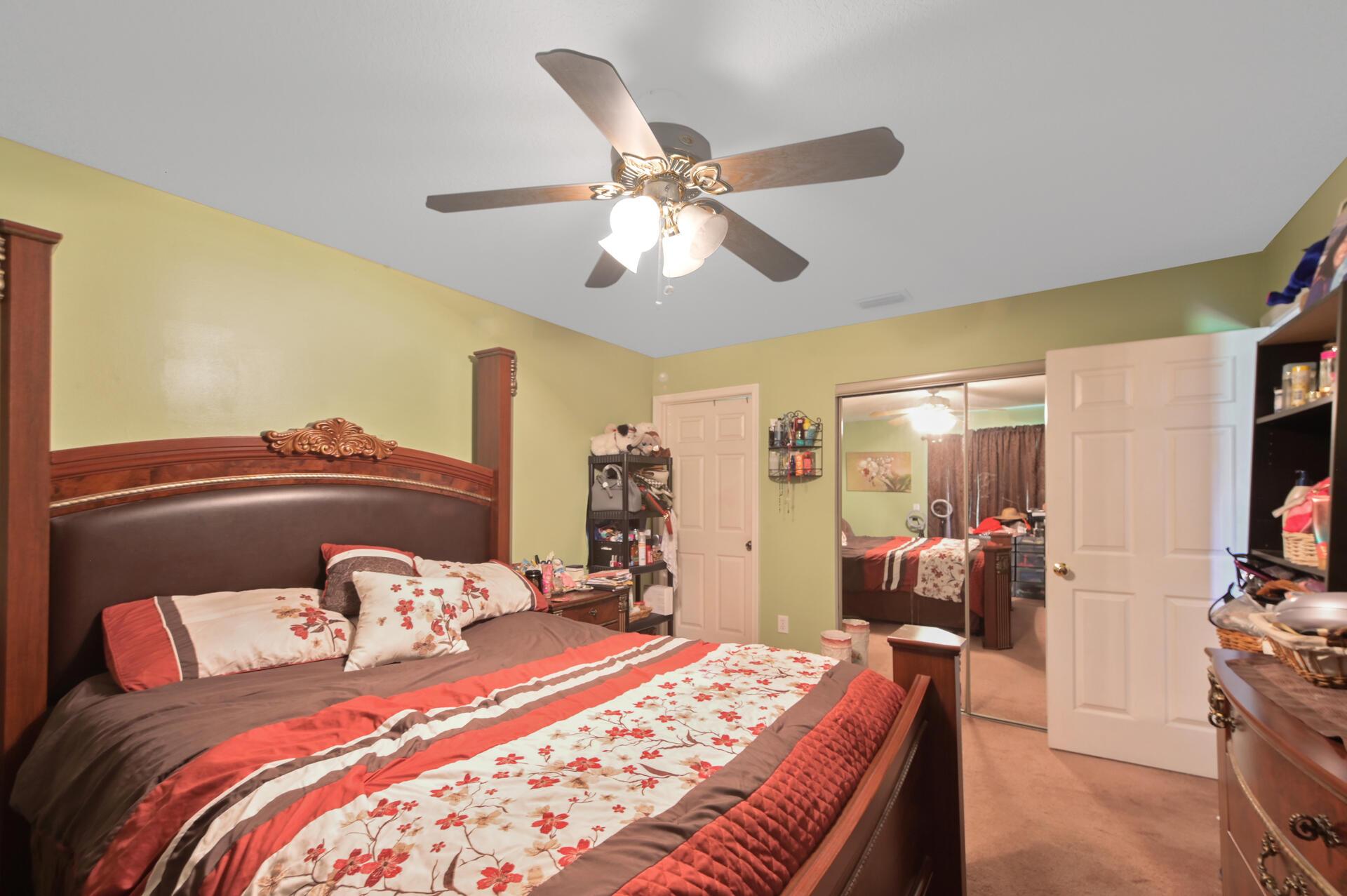 1020-03 Bedroom_004