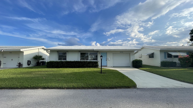 906 SW 5th Avenue  Boynton Beach, FL 33426