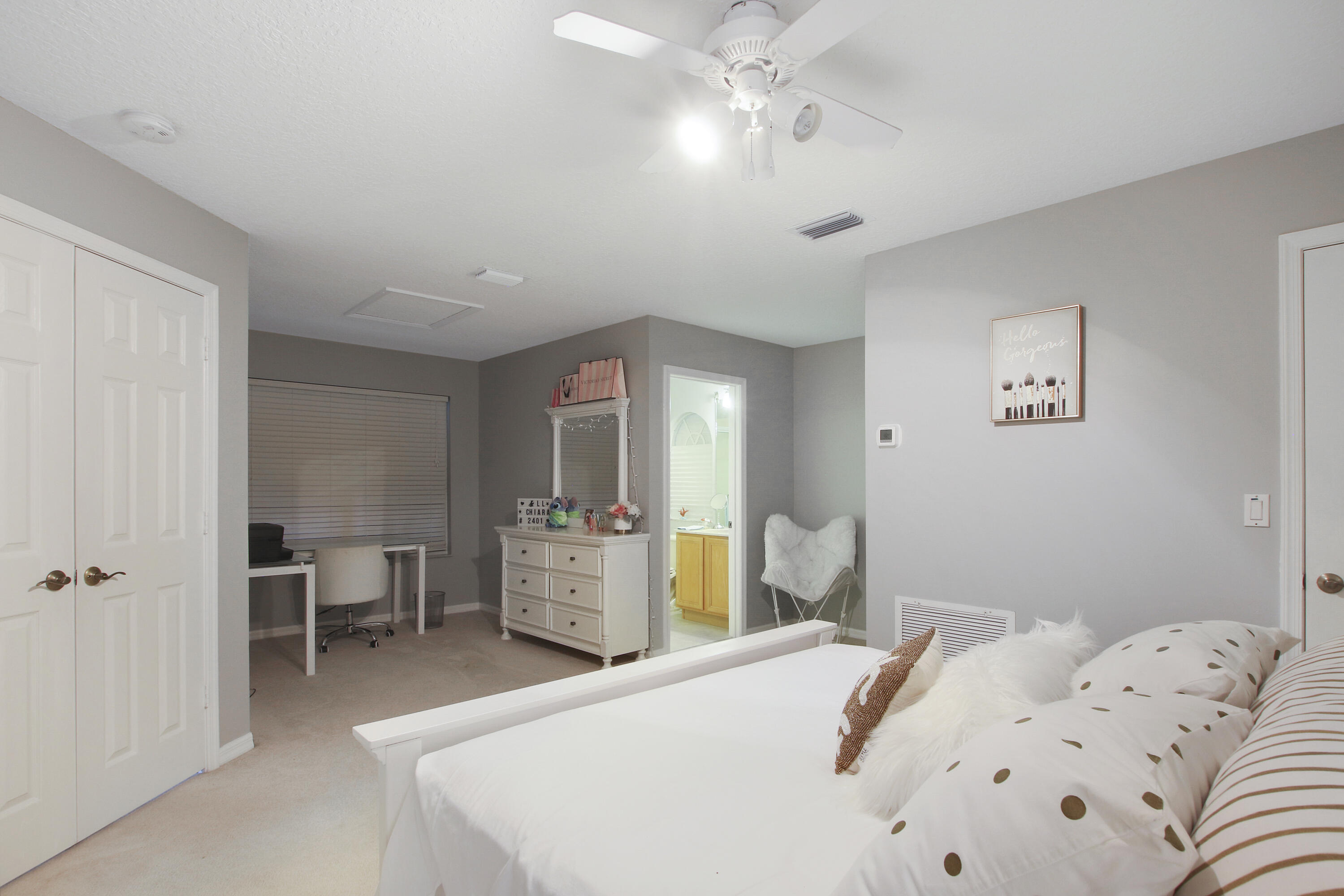 Upstairs bedroom & bath