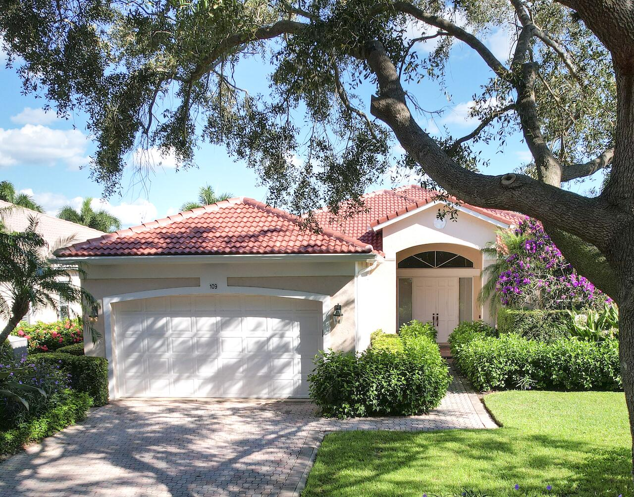 109  Village Clubhouse Circle  For Sale 10748706, FL