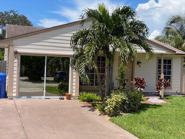 10173 Mikado Lane Royal Palm Beach, FL 33411 photo 3