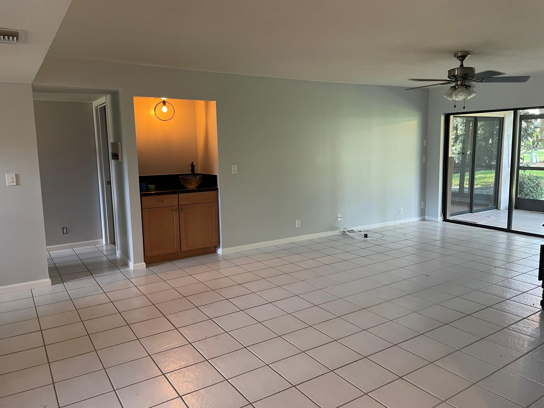 12568 Shoreline Drive 105 Wellington, FL 33414 photo 4