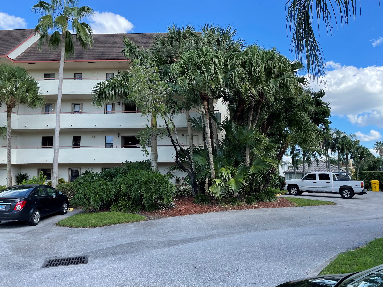 12568 Shoreline Drive 105 Wellington, FL 33414 photo 25