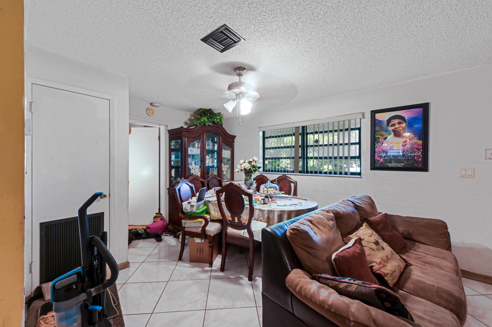 457 Guava Avenue West Palm Beach, FL 33413 photo 6