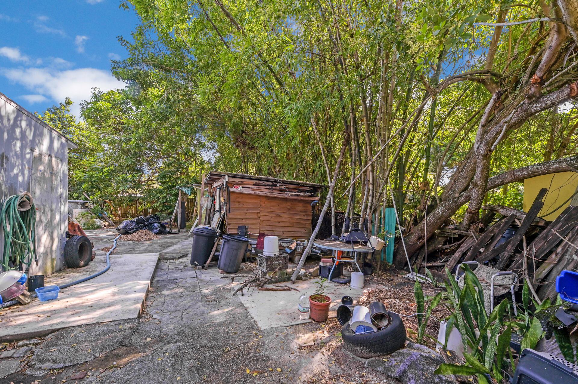 457 Guava Avenue West Palm Beach, FL 33413 photo 14