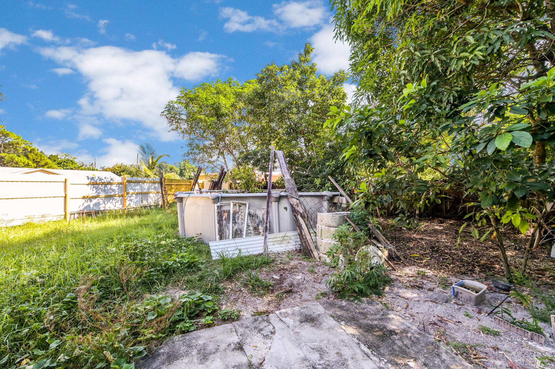 457 Guava Avenue West Palm Beach, FL 33413 photo 16