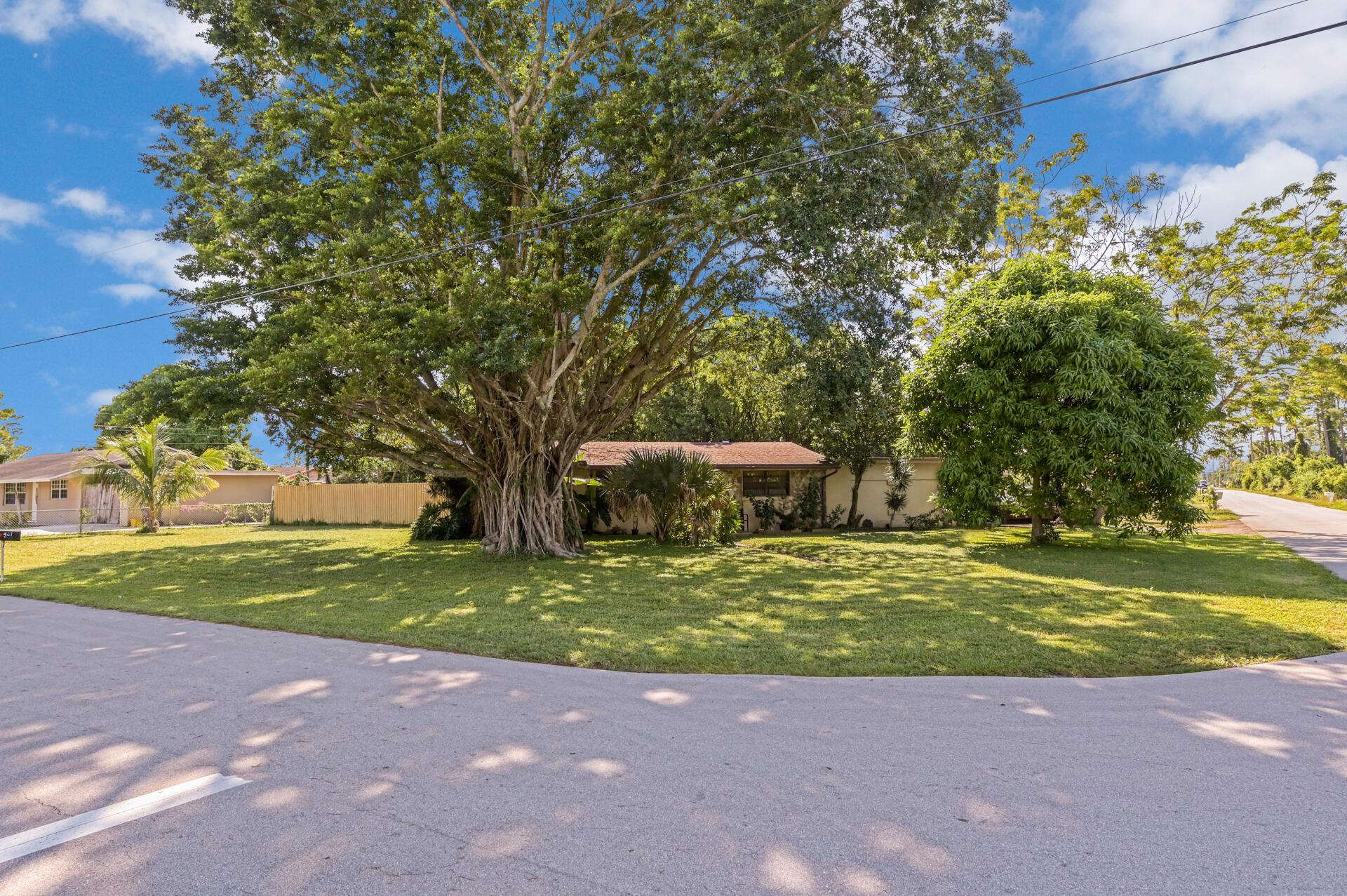 457 Guava Avenue West Palm Beach, FL 33413
