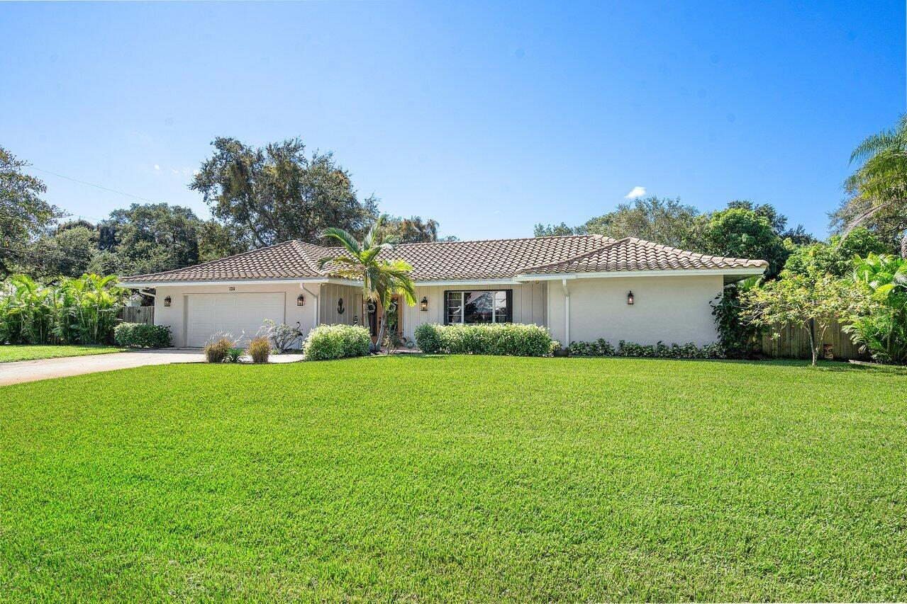 2264HollyLaneFront