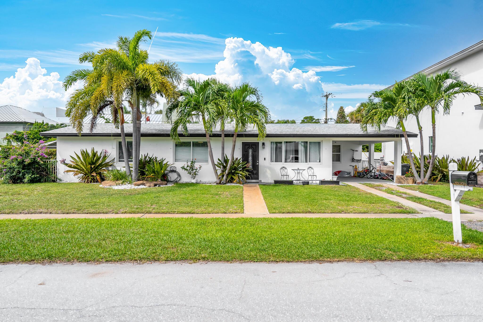 1071 NE 2nd Terrace  For Sale 10748798, FL