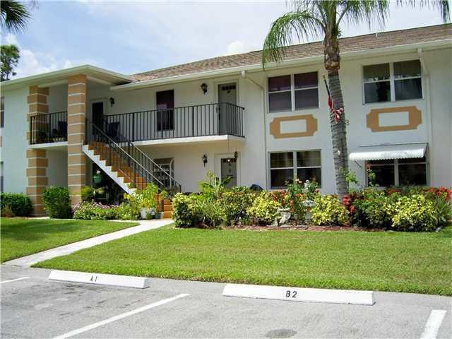 533 S Lakes End Drive B-2, Fort Pierce, FL 34982