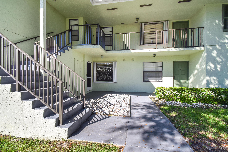 101 Sabal Ridge Circle A Palm Beach Gardens, FL 33418