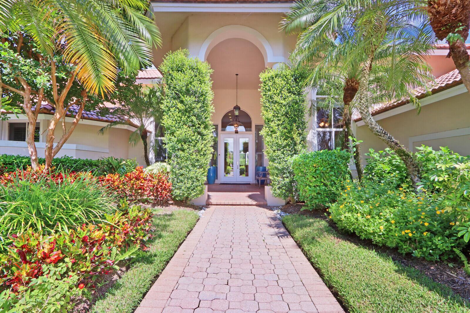 107 Thornton Drive Palm Beach Gardens, FL 33418 photo 2