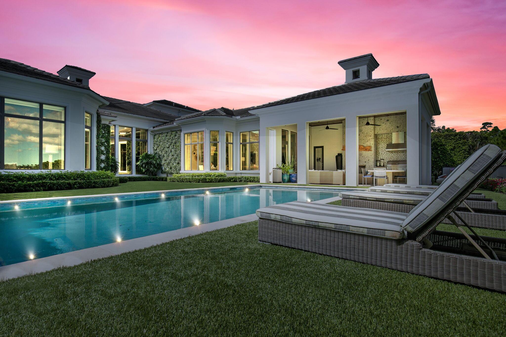 225 Via Palacio Palm Beach Gardens, FL 33418 photo 2