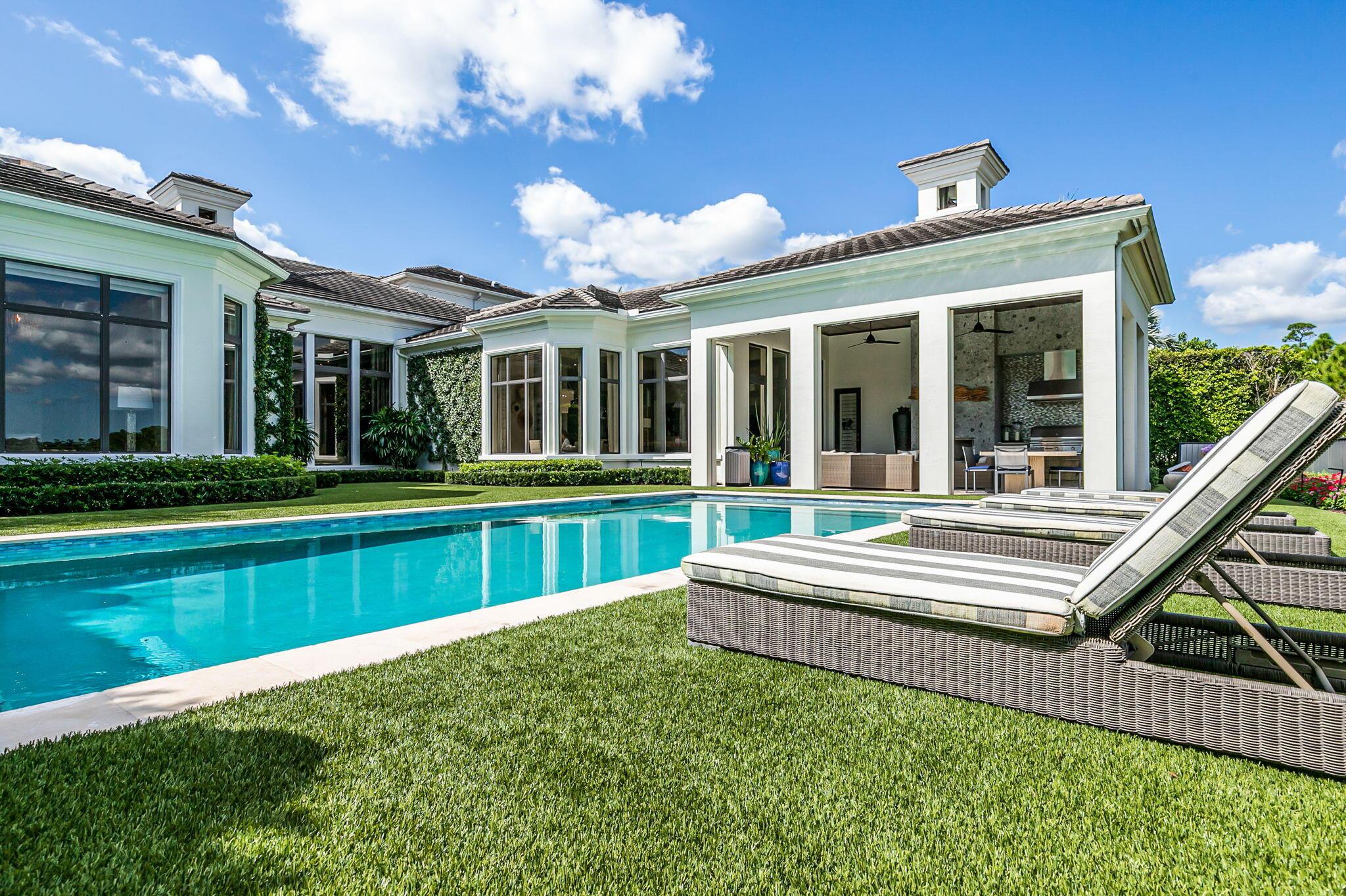 225 Via Palacio Palm Beach Gardens, FL 33418 photo 32