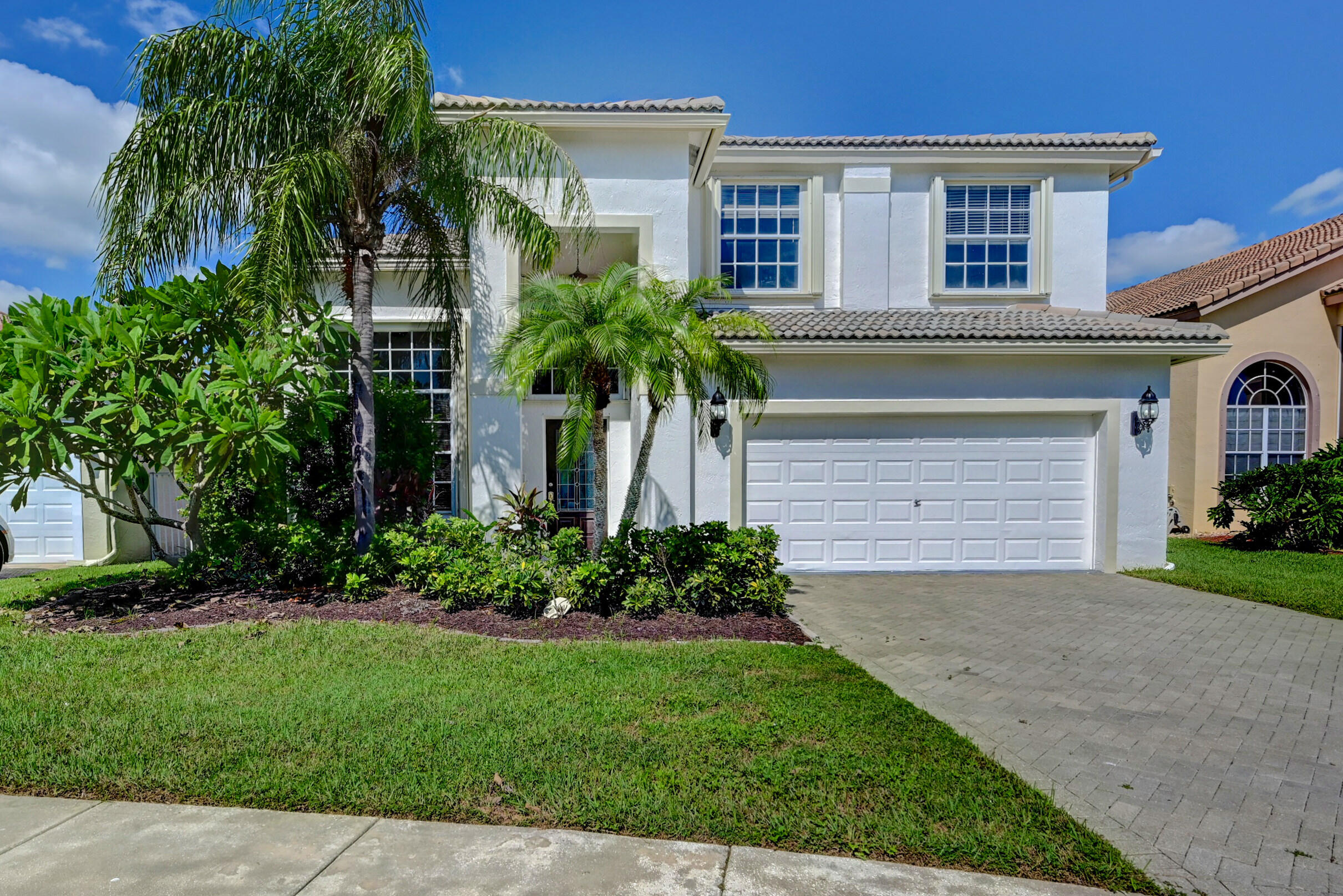 3594  Old Lighthouse Circle  For Sale 10748919, FL