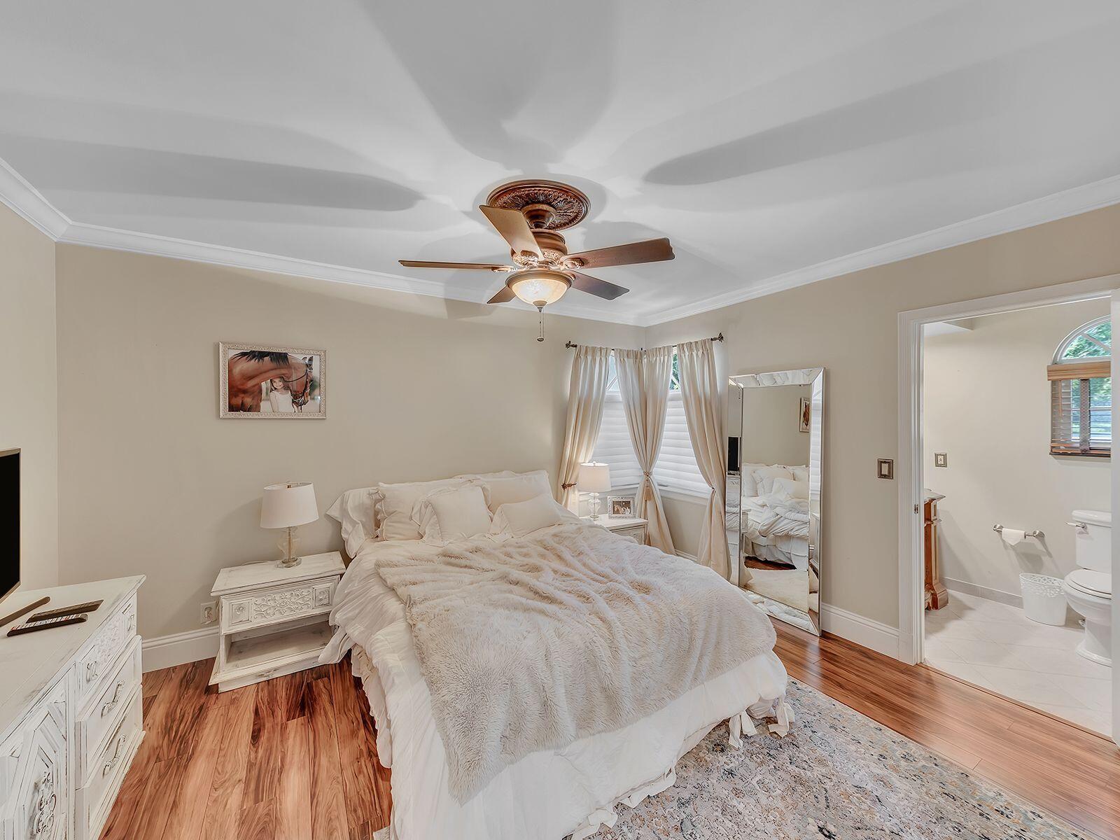 1st Floor Bed/Ensuite