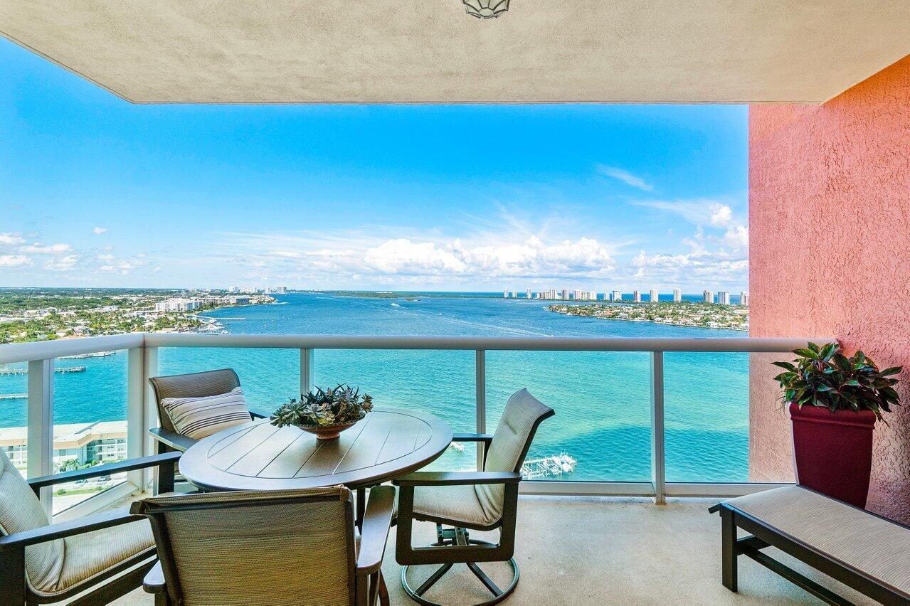 2650  Lake Shore Drive 2101 For Sale 10748975, FL