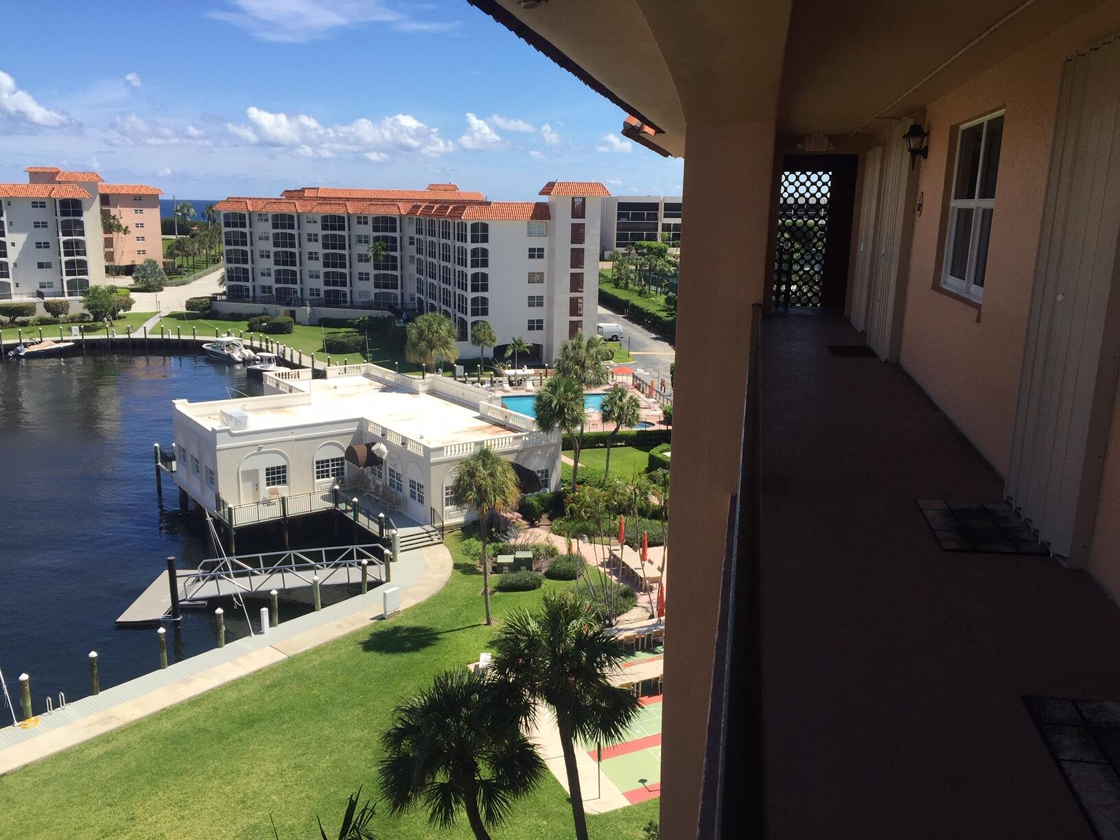 MARINA VIEW-CLUBHOUSE