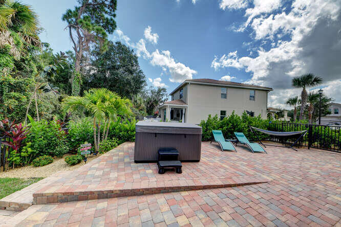 1633 SW Gopher Trail Palm City-small-009
