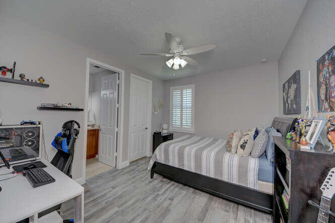 1633 SW Gopher Trail Palm City-small-050