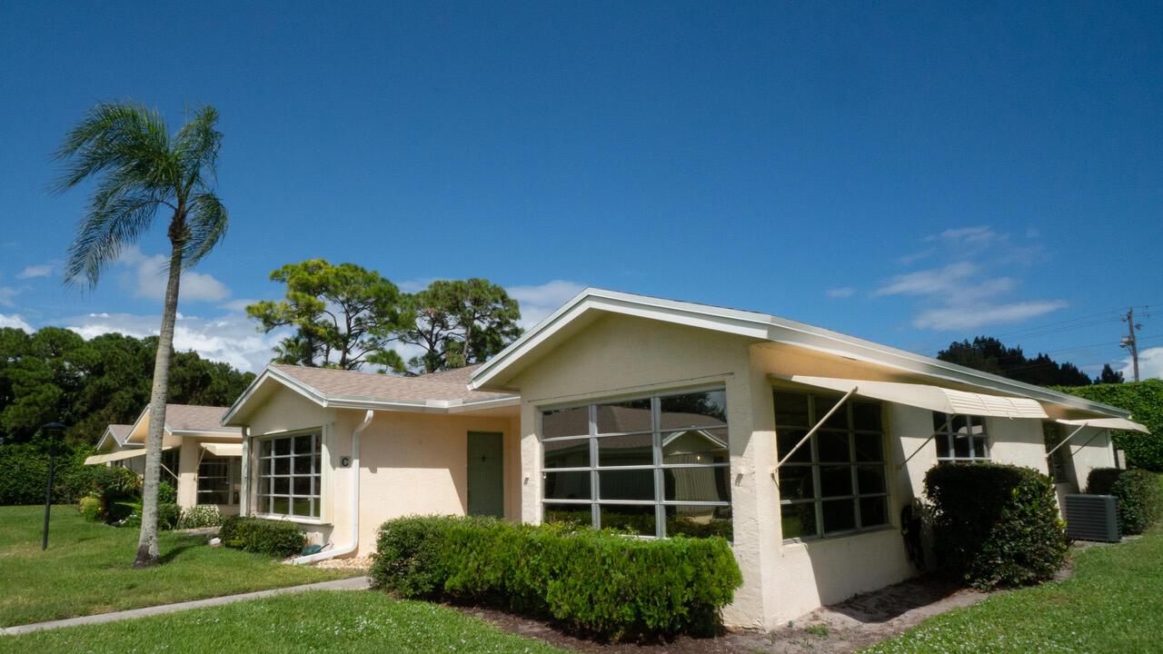 5037  Lakefront Boulevard D For Sale 10748491, FL