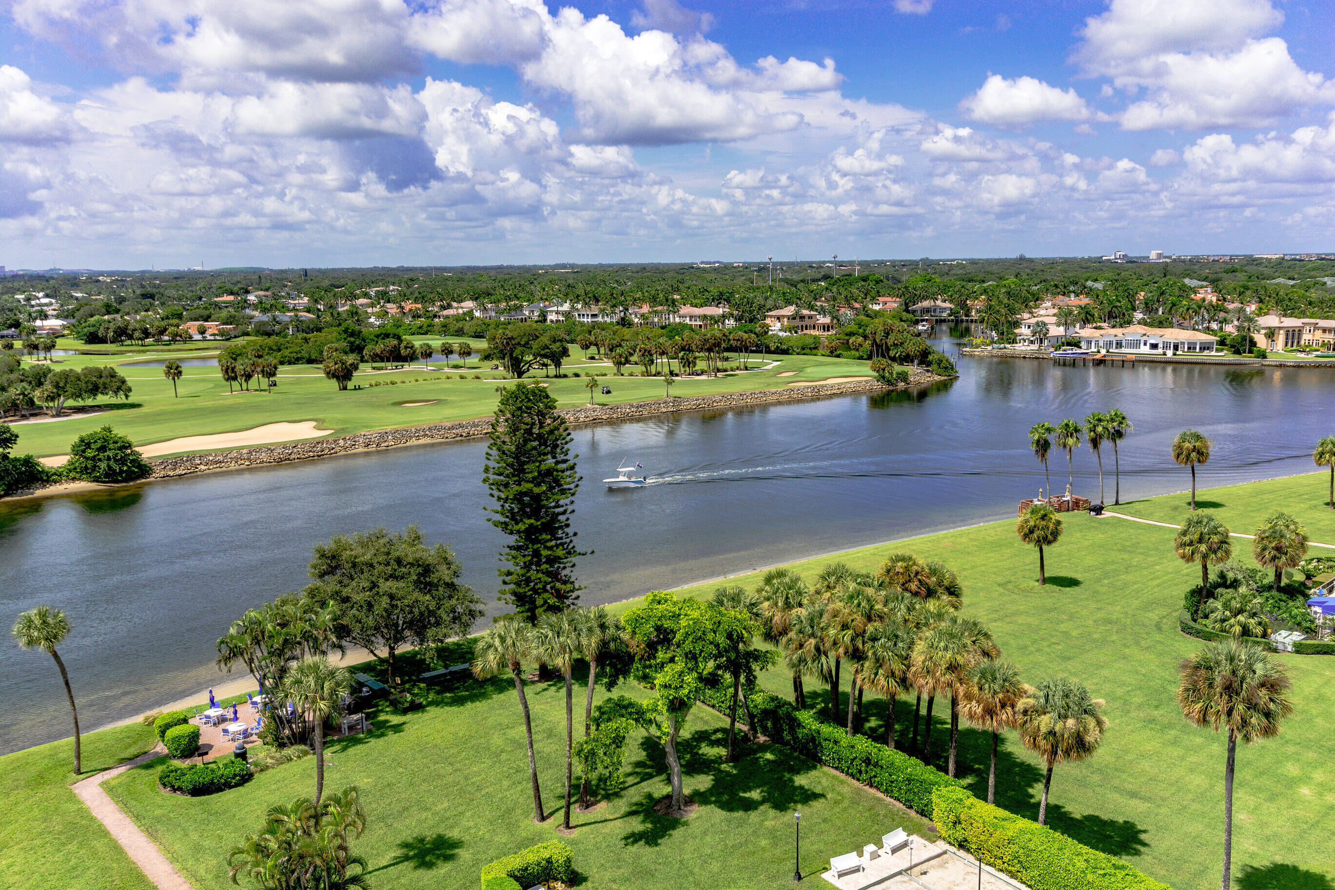 336  Golfview Road 1104 For Sale 10744534, FL