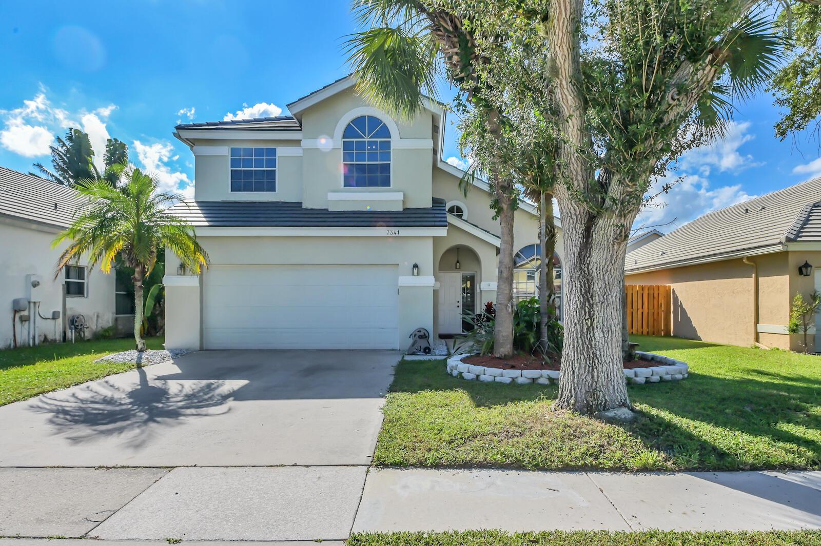 7341 Ashley Shores Circle Lake Worth, FL 33467 photo 2
