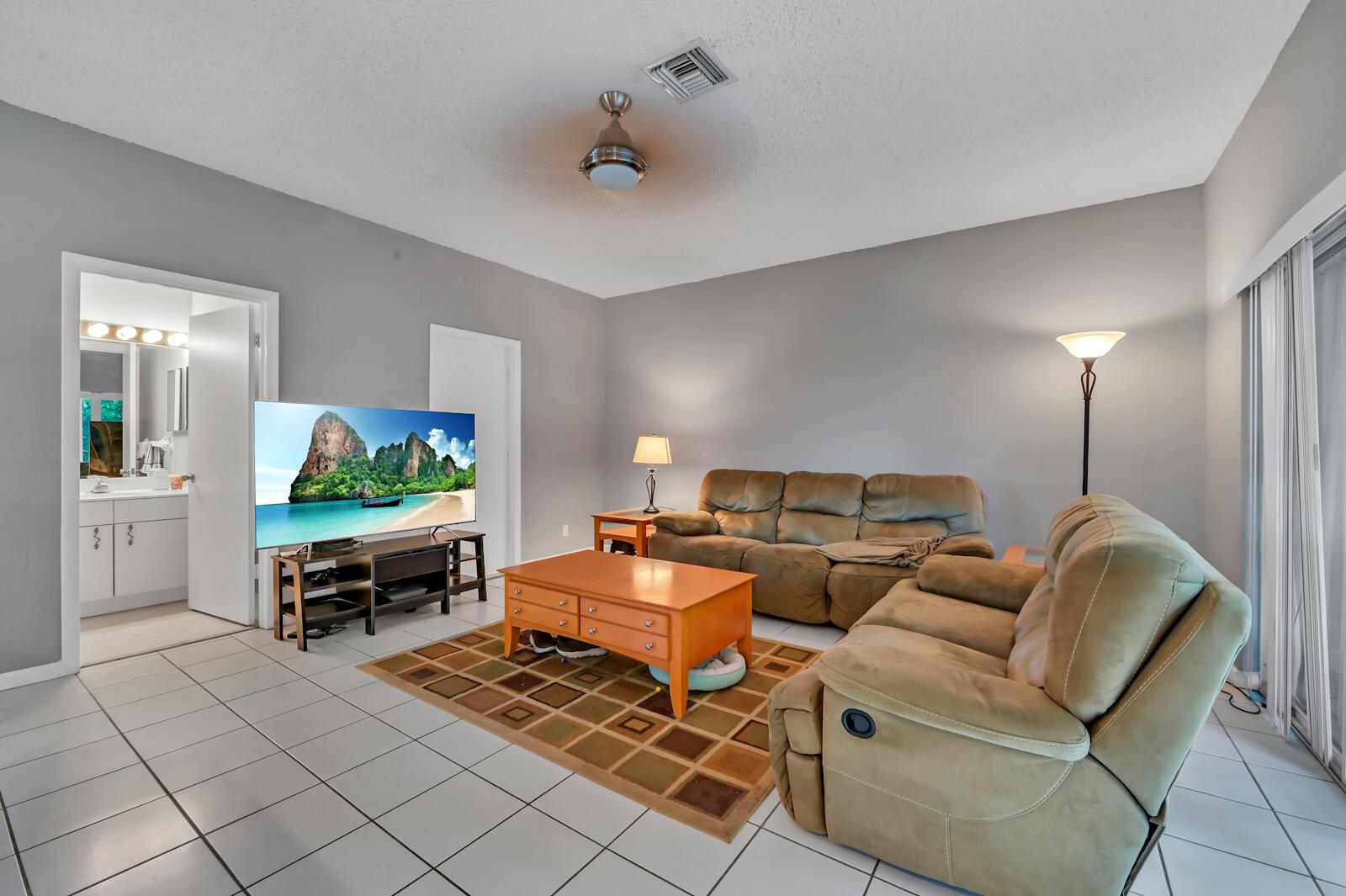 7341 Ashley Shores Circle Lake Worth, FL 33467 photo 10