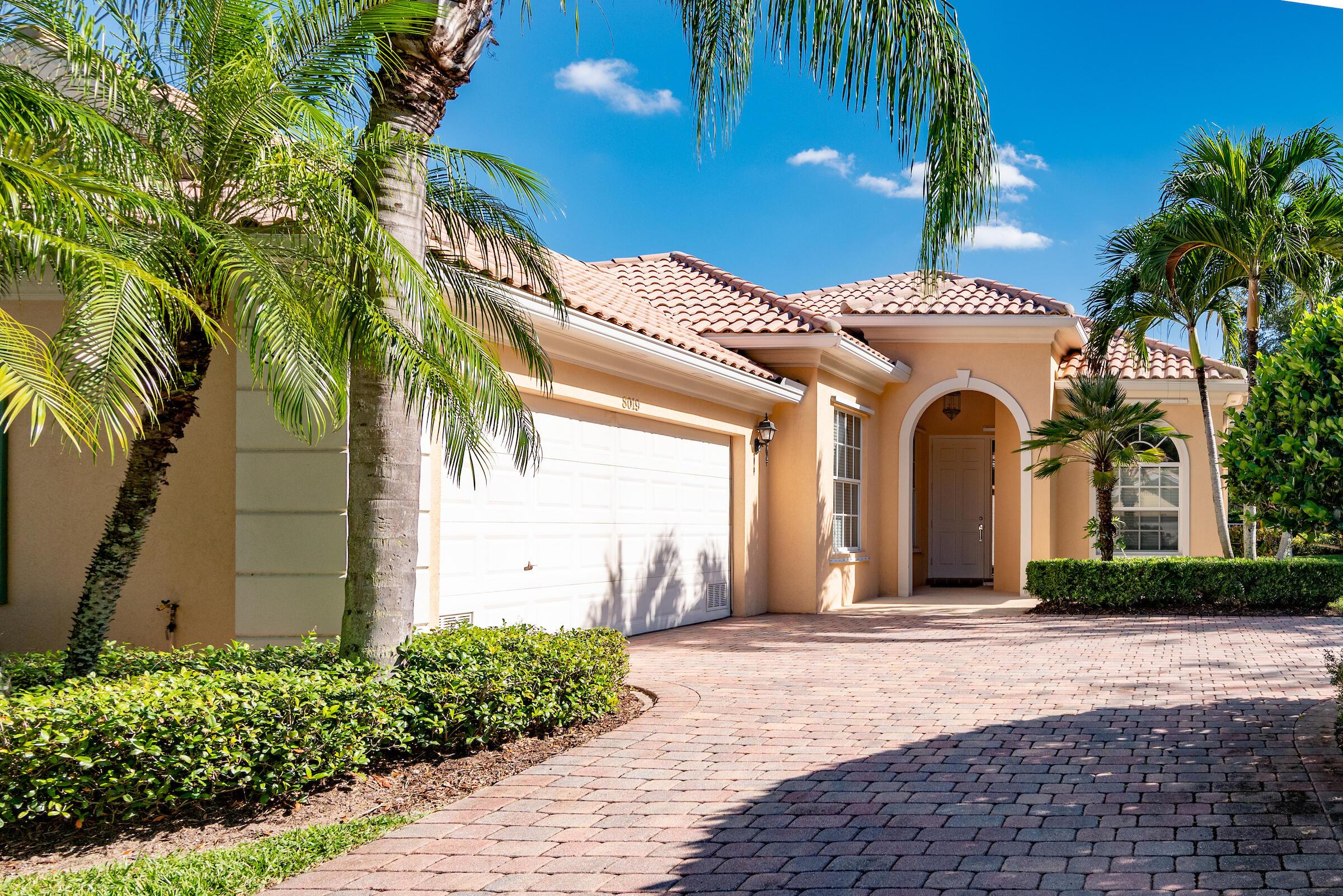 8019  Nevis Place  For Sale 10750027, FL