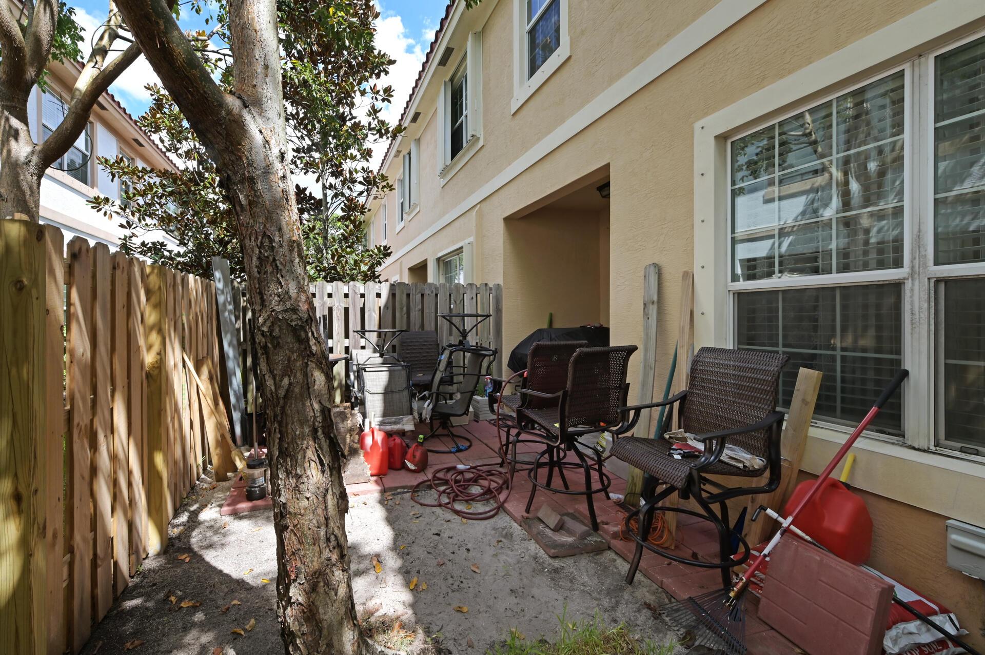 4311 Chalmers Lane West Palm Beach, FL 33417 photo 18