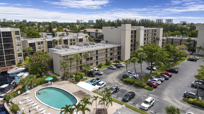 6 Royal Palm Way 201, Boca Raton, FL 33432