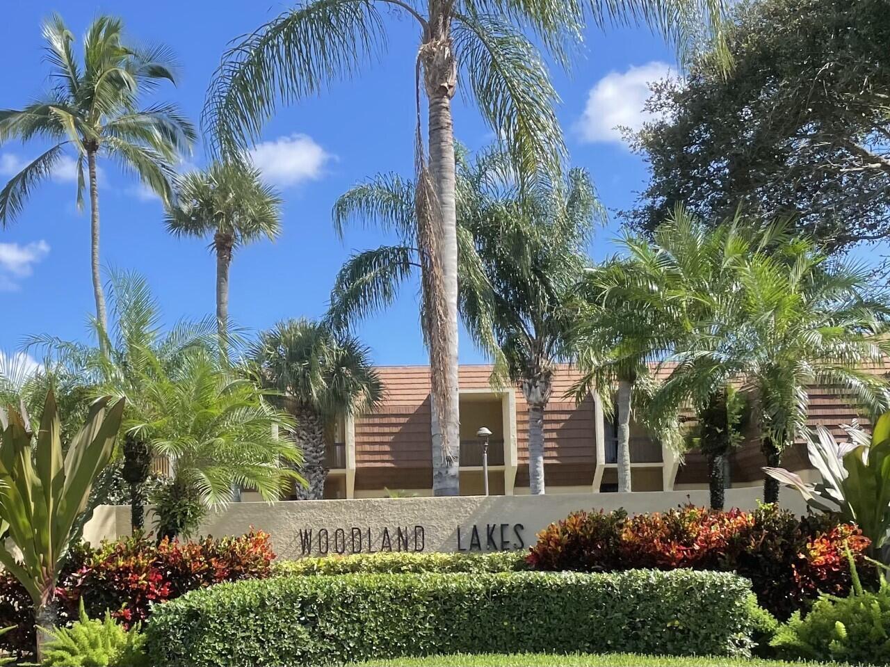 5390 Woodland Lakes Drive 103 Palm Beach Gardens, FL 33418