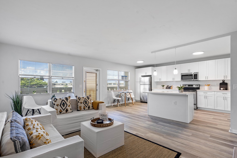 Home for sale in AINSLIE AT CENTURY VILLAGE CONDO Boca Raton Florida