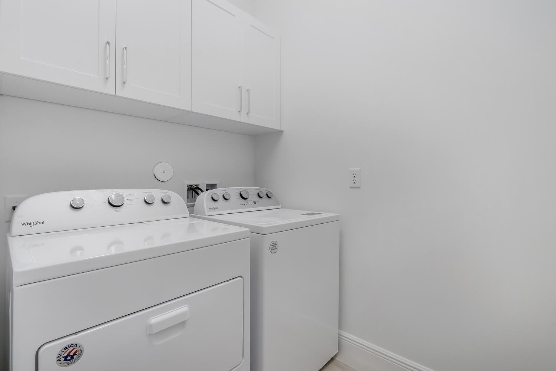 9916 Timber Creek Laundry