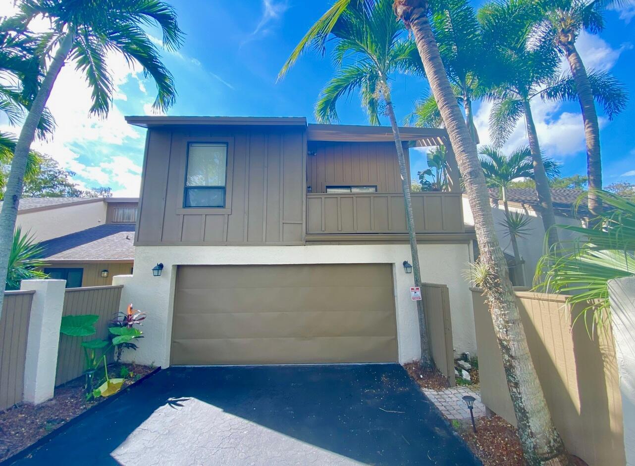 295  Pine Shadow Way  For Sale 10749162, FL