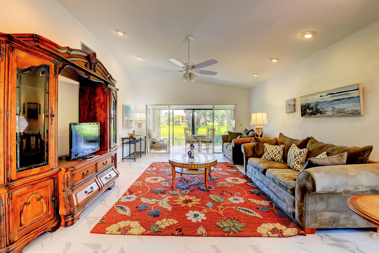 13414  Sabal Palm Court B For Sale 10749175, FL