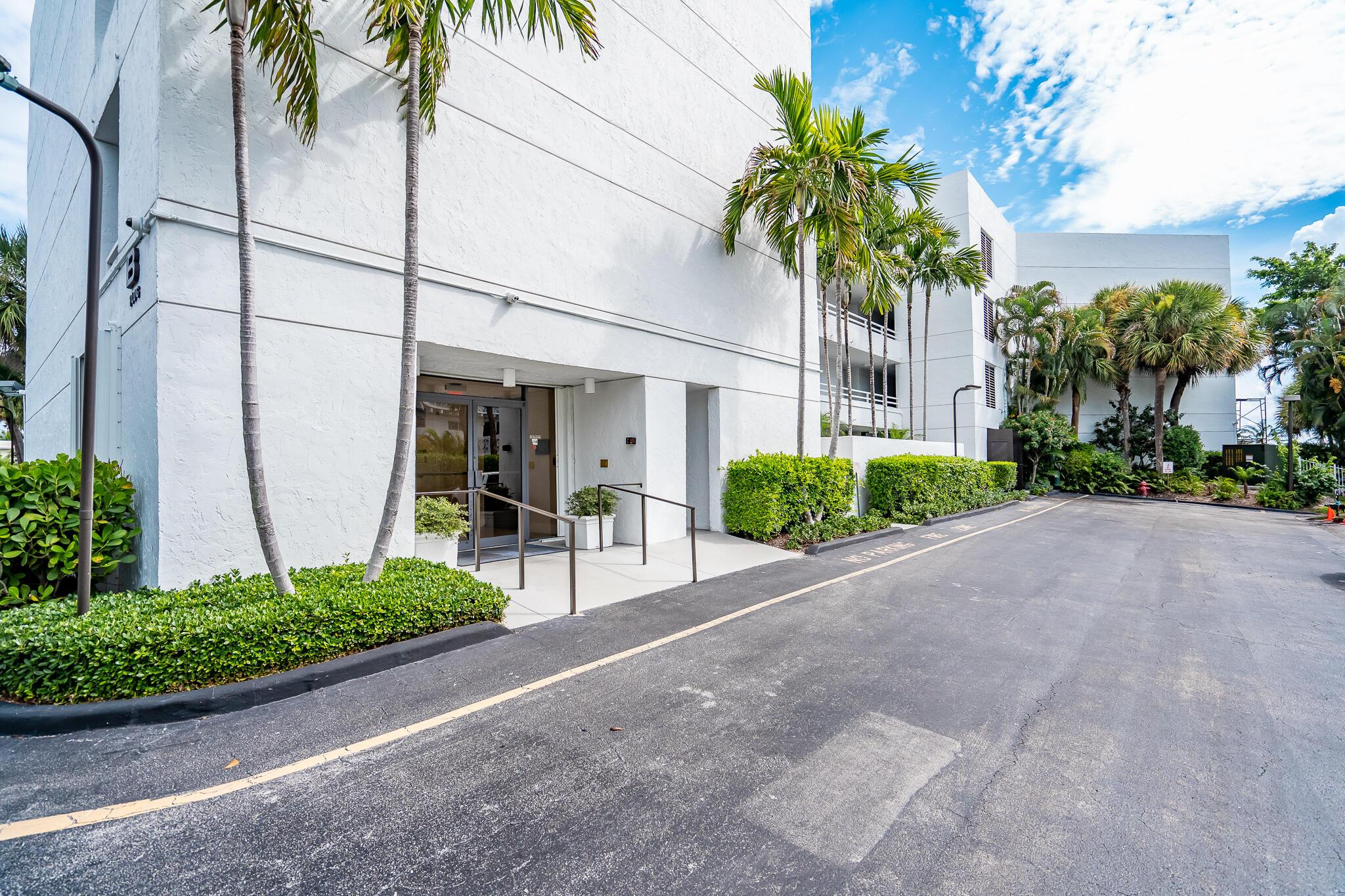 3701 S Flagler Drive B204 West Palm Beach, FL 33405 photo 32
