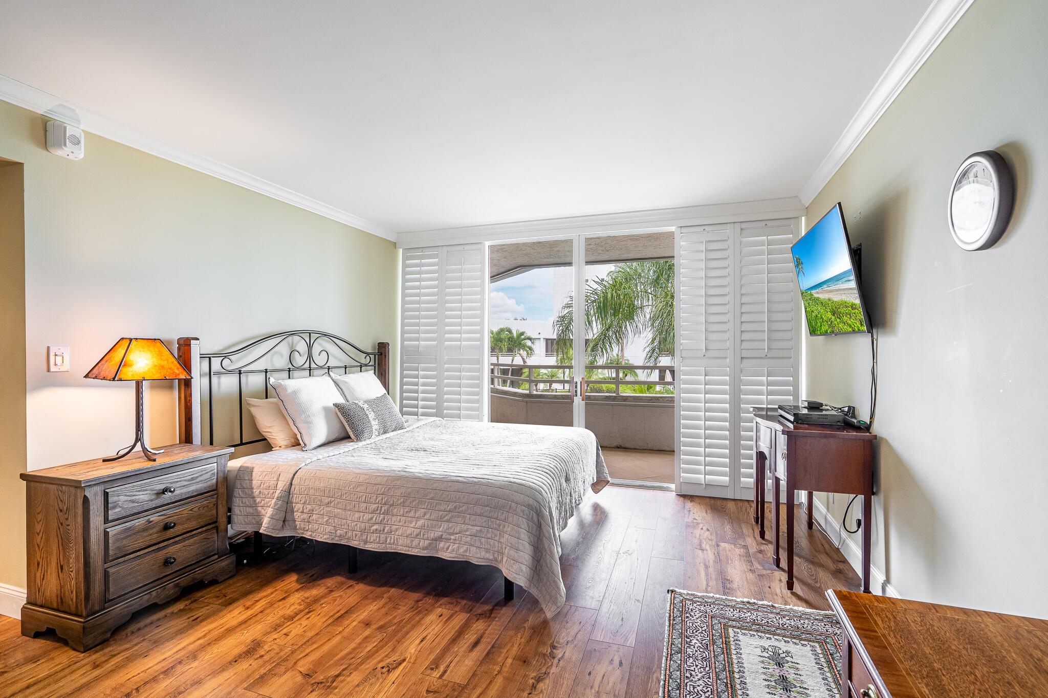3701 S Flagler Drive B204 West Palm Beach, FL 33405 photo 18